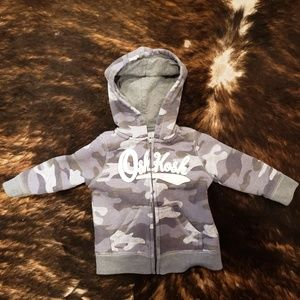 Oshkosh boys zip up sweatshirt 6-9 months